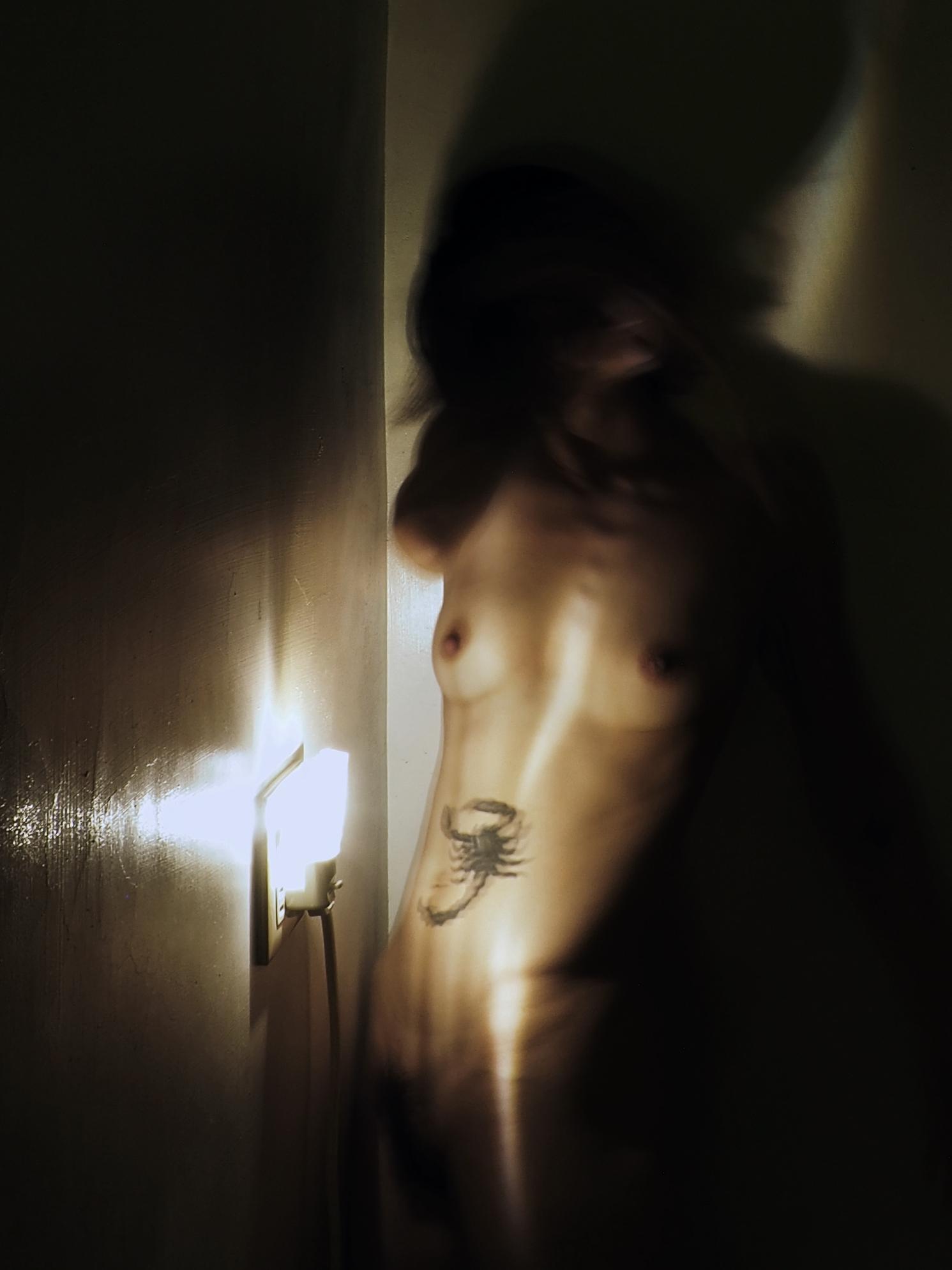 The charm of light by Suelynee Ho, Taiwan artist, performance, art,photographer, nude, fine_art, model, video_art