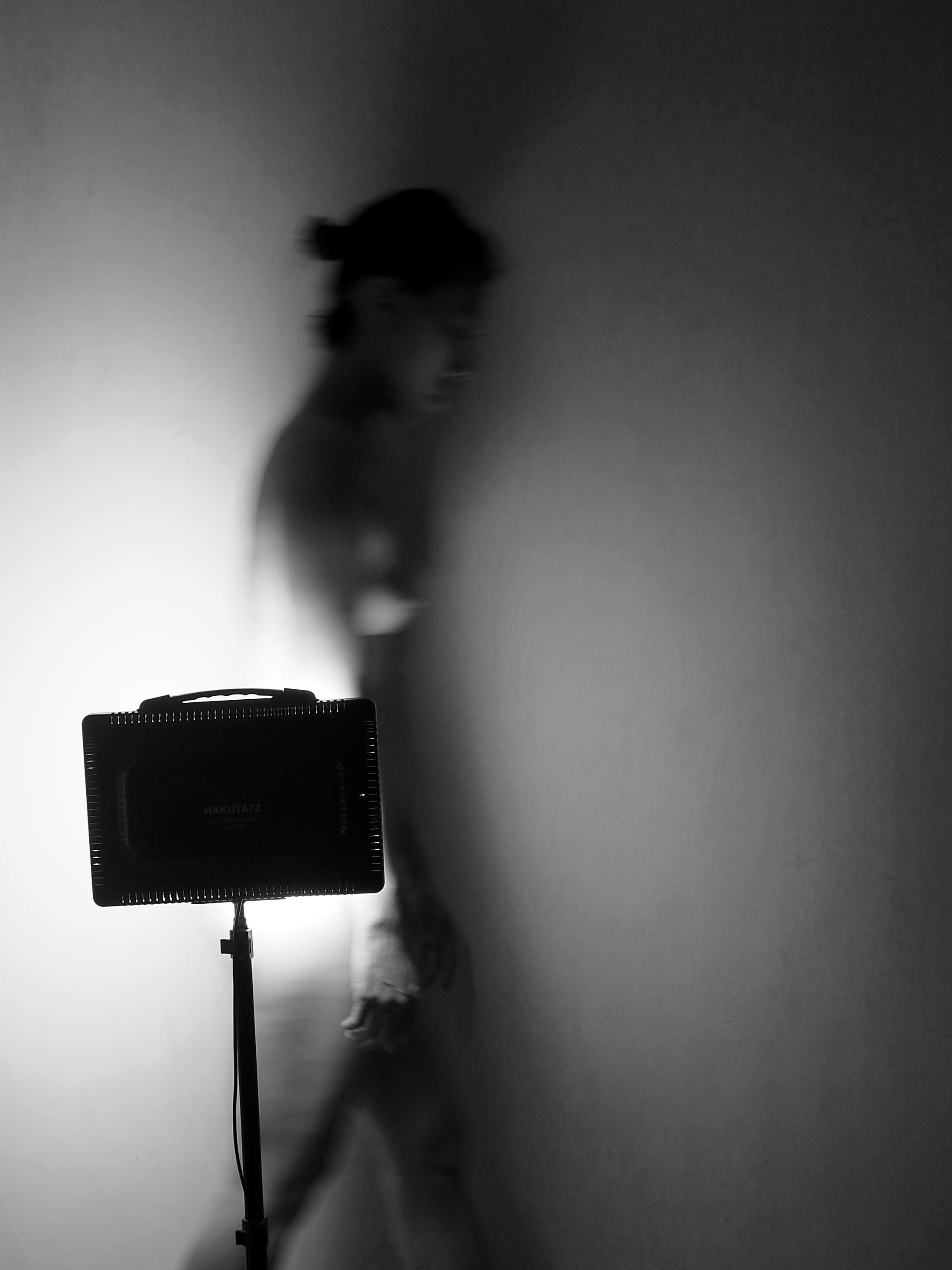 2019 / Sleepwalk / 25x33 cm / Photo by Suelynee 何書伶